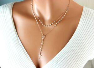 Bijuterii de dama din aur sau argint si pietre pretioase