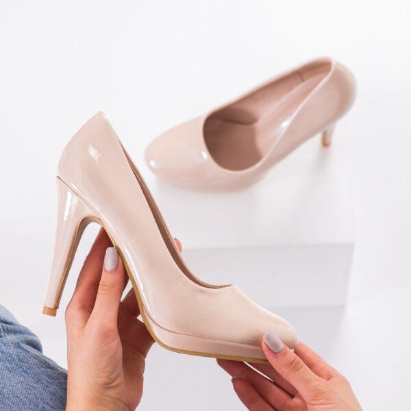 pantofi-cu-toc-dama-bej-masira