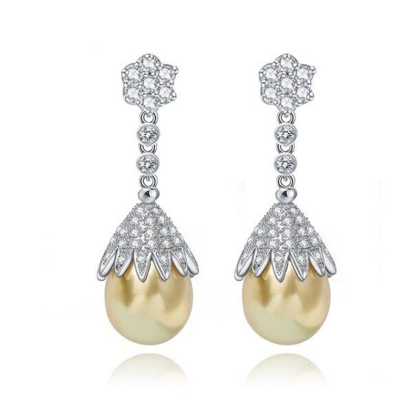 Cercei Dama cu Perle Aurii Fantasia