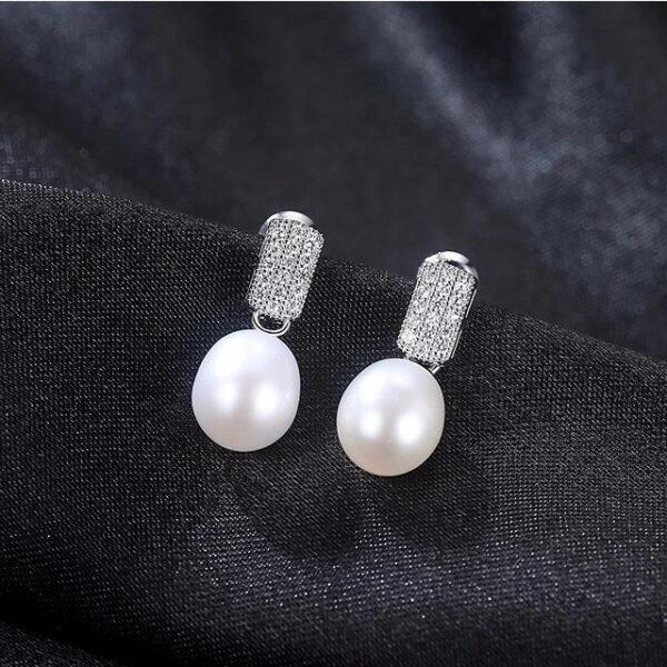 Cercei cu perle naturale albe Merida